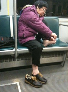 http://www.adventurouskate.com/wp-content/uploads/2010/04/clipping-toenails-on-the-subway.jpg